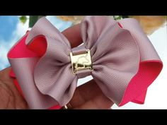 Laço Babadinho ❤By Tathy Lima - YouTube Making Hair Bows, Diy Hair Bows, Diy Bow, Diy Ribbon, Ribbon Bows, Hair Ribbons, Giant Flowers, Bow Tutorial, Hair Beads