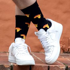 Hey okes, these kiff and lekker Africa Socks are just for you if your heart belongs to Africa. We looove Africa too much, the feeling of Ubuntu and we love our rainbow nation the most that's why there's a red heart within SA. Hurry Boy, they're waiting there for you! Funky Socks, Cool Socks, Unique Socks, Sock Shop, Flags Of The World, Sport Socks, Best Sellers, South Africa, Sneakers Nike