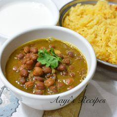 Black Chickpeas in Green Masasla(Kala Chana Hara Masala) - Aayis Recipes Chana Recipe, Indian Side Dishes, Indian Food Recipes, Ethnic Recipes, Indian Breakfast, Chickpea Recipes, Lentil Curry, Chaat