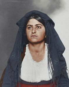 In the early 1900s, Ellis Island served as the United States' largest immigration station, processing up to 12 million immigrants between the years 1892 and 1954. Oneamateur photographer by the name of Augustus Sherman, who served as Ellis Island's chief registry clerk sometime... #Colorized, #Ellis, #Immigrants, #Incredible, #Island, #Passed, #Photographs, #Show, #Through, #Years Incredible colorized photographs show the immigrants who passed through Ellis Is