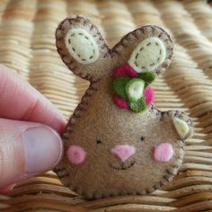 Sweet bunny to make for Easter.