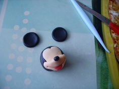 Tartas, Galletas Decoradas y Cupcakes: Miska Mouska Mickey Mouse! Mickey Mouse, Mini Mouse Cake, Mickey Cakes, Fondant Cupcake Toppers, Fondant Tutorial, Fondant Figures, Cakes For Boys, Sugar Art, Clay Creations