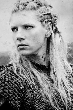 Katheryn Winnick (Lagertha from Vikings)