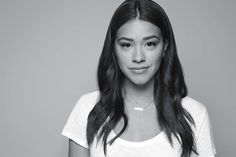Can we just say: Gina Rodriguez is giving us major goals. Not only is she super down-to-earth, but she is also making a change in Hollywood. As the star of