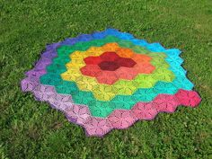 Rainbow Hexagonal Crochet Blanket. Not crazy about the colors, but love the pattern.