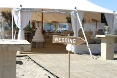 Wedding in a Ivory tent of tentsolutions
