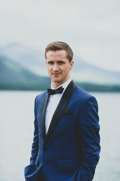 Royal blue tuxedo for the groom | Katie Farrell Photography