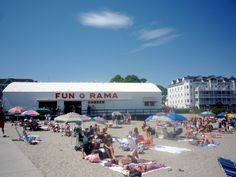 Summer fun at Short Sands Beach, York Beach, Maine: http://visitingnewengland.com/blog-cheap-travel/?p=1416 #yorkbeach