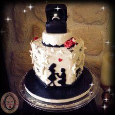 Engagement cake -silhouette couple with sugar Diamond ring.  Verlobungstorte mit Silhouette und Zuckerdiamant Verlobungsring.