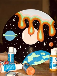 Cd Wall Art, Record Wall Art, Cd Art, Easy Canvas Art, Small Canvas Art, Mini Canvas Art, Trippy Painting, Cd Crafts, Cute Paintings