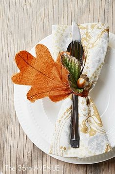 Decorate your autumn table with napkin rings made with leaves