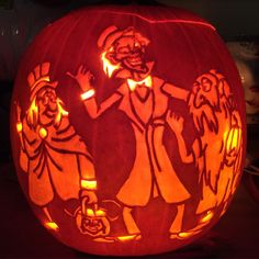 Hitch hiking ghosts pattern by Stoneykins. Carved on a real pumpkin by WynterSolstice. 2015.