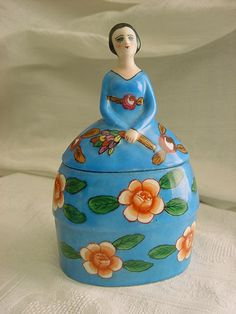 Porcelain Figural Half Doll Powder Jar ❤❤❤