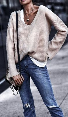 cool winter outfit idea : nude sweater white top bag rips