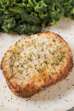 Air Fryer Pork Chops recipe: Air Fryer Pork Chops that are so juicy you'll think they came right off the grill! The pork chop seasoning is so good you can use it on any cut of meat. Thin Pork Chops, Brown Sugar Pork Chops, Pork Chops And Potatoes, Baked Pork Chops, Best Pork Chop Recipe, Pork Chop Recipes, Oven Recipes, Dinner Recipes, Blender Recipes