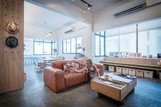 Walk Up Apartment Estilo Interior Decorating Home Furniture Contemporary