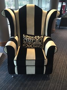 New Black And White Furniture Bedroom Striped Chair Ideas Black And White Furniture, White Bedroom Furniture, Funky Furniture, Upholstered Furniture, Unique Furniture, Furniture Makeover, Furniture Decor, Black And White Chair, Style Boudoir