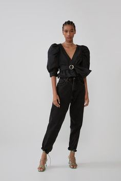 Women's New In Clothes Bow Tops, Lace Crop Tops, Long Length Shirts, Online Zara, Halter Bodysuit, Zara United States, Oversized Shirt, Zara Women, Online Shopping