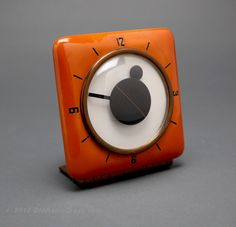 Mcclintock Catalin/Bakelite Clock