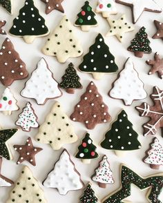 Monochrome Christmas biscuits - the perfect festive snack!