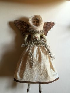 http://www.ebay.de/itm/Christbaumschmuck-Watte-Oblate-Tinsel-Dresdner-Pappe-Engel/151870921916?_trksid=p2047675.c100005.m1851