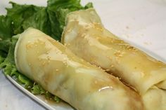 How to Make Lumpiang Sariwa, Fresh Vegetable Lumpia with Homemade Egg Wrapper and Sweet Sauce on http://asianinamericamag.com