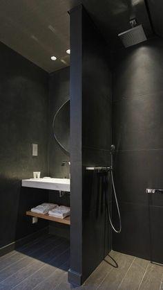 jolie faience noire salle de bain