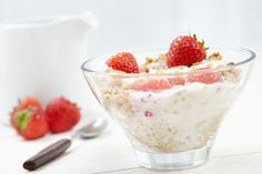 gluten free muesli with yoghurt & fresh strawberries