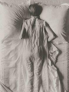 Irving Penn Girl in a bed 1949