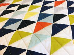 Half square triangles forever and ever 💃🏻 . . . .  #quilt #quilting #etsy #etsyseller #modernquilt #quiltsofinstagram #fabriclove #handmade #handmadehome #buyhandmade #sewing #quiltylove #imadethis #ihavethisthingwithquilts #makersgonnamake #etsyshop #thatsdarling
