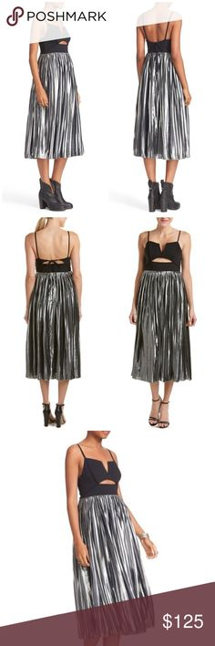 """Free People Piper Pleated Silver/Black Midi Dress Split neck. Sleeveless. Hidden back-zip with tie closure. Contrast skirt. Partially lined. Approx 48"""" length. Nylon cotton and spandex. Fits true to size. Offers welcome through offer tab. No trades. 11006171231 Free People Dresses Midi"""