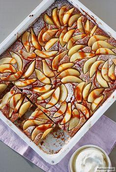 Sieht aus wie gemalt und schmeckt wie ein Gedicht: Wir sind verliebt in unseren Birnen-Mohn-Kuchen!