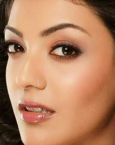 New piercing face lip eyes Ideas Eyebrow Jewelry, Nose Jewelry, Beautiful Lips, Beautiful Girl Image, Gorgeous Women, Beauty Full Girl, Beauty Women, Guys Eyebrows, Piercings For Girls