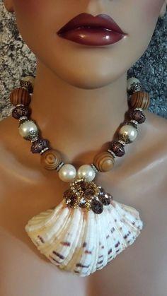 Jewelry Crafts, Jewelry Art, Handmade Jewelry, Jewelry Design, Fashion Jewelry, Seashell Jewelry, Beach Jewelry, Bohemian Necklace, Beaded Necklace