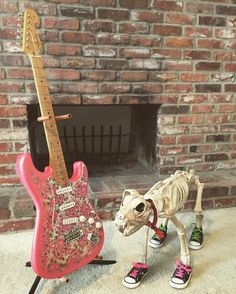Guitar 2: Fender - Made in Japan - Stratocaster #Pophorror #poppunk #goth #punk #punkrock #fender #squier #strat #stratocaster #guitar #electricguitar #powerchord #horror #horrornerd #halloween #dog #skeleton #zombie #monster #practicaleffects #woof #beyourself #tmnt #converse #japan #japanese #pink #pinkguitar