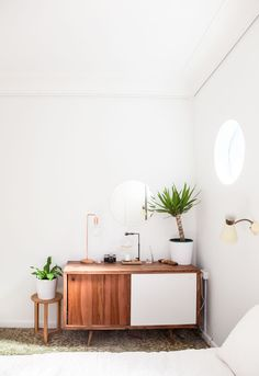 A Refined and Welcoming Australian Home by the Ocean | Design*Sponge