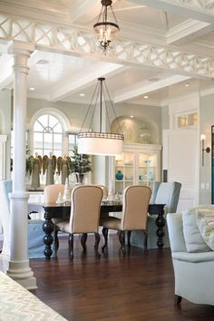 Newport Beach traditional dining room