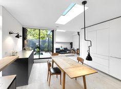 Black & White Mews by Threefold Architects