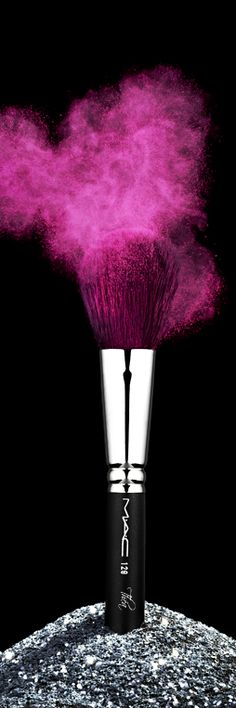 Makeup is art Magenta, Purple, Pink Love, Pretty In Pink, Hot Pink, Pink Black, Makeup Art, Beauty Makeup, Hair Makeup