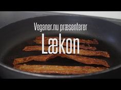 Verdensnyhed - vegansk rispapirs-bacon! Lækkert, knasende sprødt og stærkt vanedannende. World news - vegan rice paper-bacon! Delicious, crispy vegan bacon.