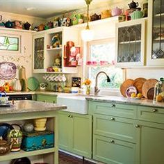 want a country kitchen... love these colors