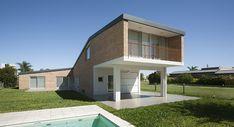 Casa Miraflores / Gerardo Caballero Maite Fernandez Arquitectos