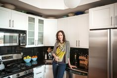 Restaurateur Kerry Diamond talks about the importance of knives and what she loves about her home kitchen.
