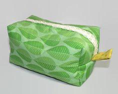 $22 - Nature Leaf Lace Zipper Boxy Storage Tote // by SewWitCreative