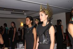 Mina, Trend News, Crown, Studio, Fashion, Product Display, Parts Of The Mass, Events, Accessories
