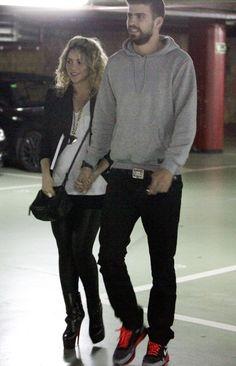 Shakira embarazada de siete meses con Gerard Pique
