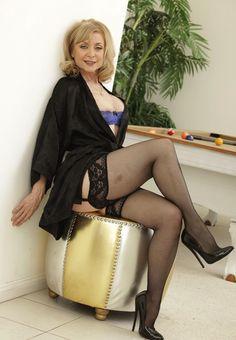 See ninahartley live on cam http://www.i-camz.com/icamzlive/?AFNO=9656 #lingerie #olderwomen #highheels #stockings #sexylegs