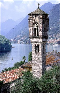 Lago di Como: IL Campanile, Ossuccio, Lake Como by Alan Gubbay Guarda le… Places Around The World, Oh The Places You'll Go, Places To Travel, Places To Visit, Wonderful Places, Beautiful Places, Grands Lacs, Comer See, Lake Como Italy