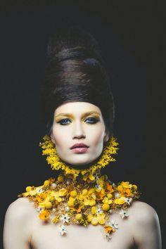 Concept and neck piece: NO NO NO - photo Vlad Bîrdu - floral Foto Fashion, Fashion Mode, Headdress, Headpiece, Rose Fuchsia, Design Floral, Body Adornment, Neck Piece, Floral Fashion