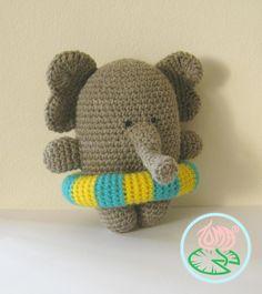 AMIGURUMI ELEPHANT, SUMMER STYLE (© 2013 Toma Creations) 2
